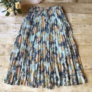 Disney Cinderella Floral Pleated Skirt Size XS